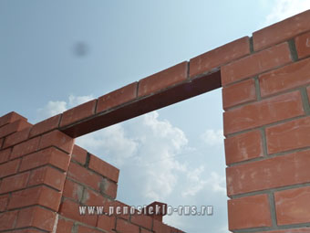 walls_pit_window2.jpg